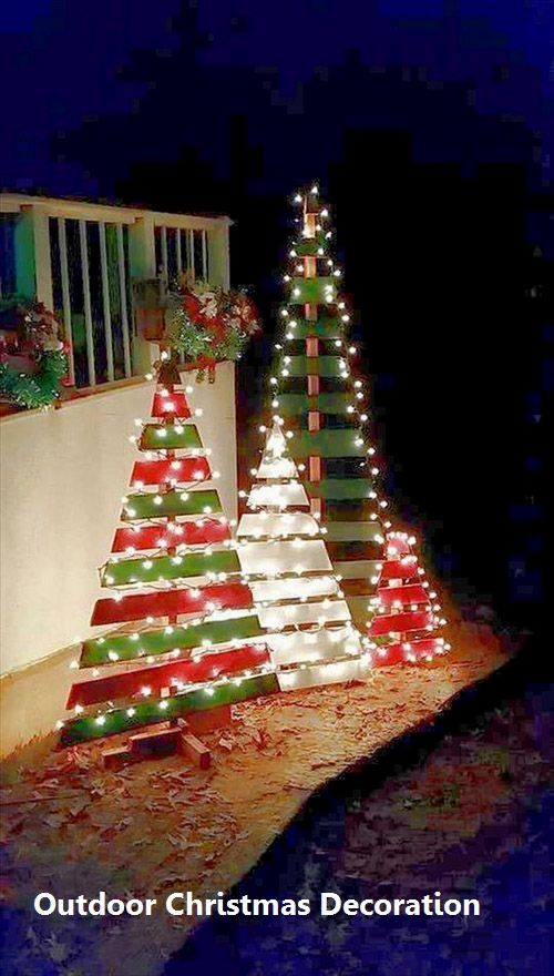 14 Awesome ways for You to Decorate your Outdoors for Christmas 1