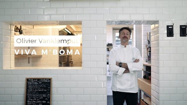 One Minute / One chef  A new web series project created for Deliveroo.  In one minute we meet a chef and we discover his cooking and an inspirations.  Client: Deliveroo Director: Nicolas de Borchgrave DOP: Jonathan Ortegat  Production: Nicolas de Borchgrave Sound: François Fripiat Soundtrack: Recorders