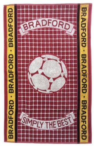 Bradford-Football-Simply-The-Best-100-Cotton-Terry-Sports-Bath-Towel #gift #fathersday #giftsformen #presentsformen #men #birthdaypresents #father #dad #boyfriend #brother #son #bestdad #giftsforguys #guys #HarvardMills #LordOfTheLinens #Bradford #towel #beach #football