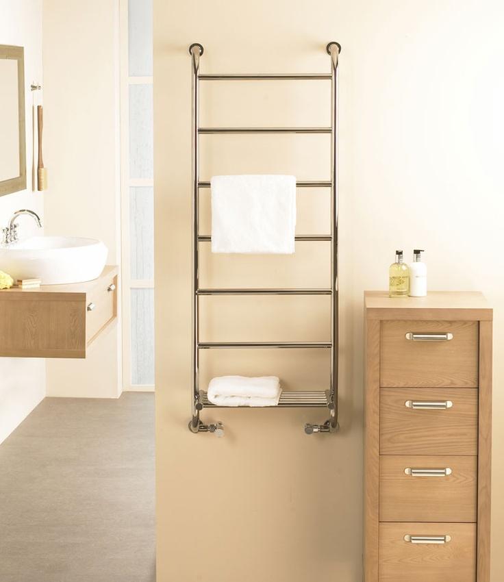 Vogue (UK)u0027s Ieri 9 Combines Elegance With Practicality