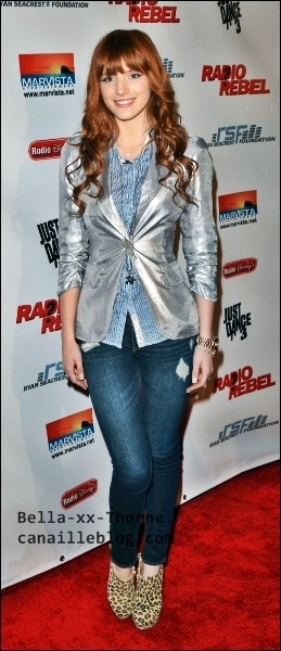 bella thorne radio rebel premiere | Bella à lavant-première de Radio Rebel ! - Bella thorne - 1057957