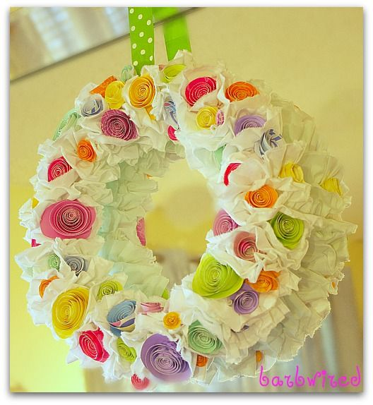 7 Colorful Spring Craft Ideas! #springcrafts #springwreath #howdoesshe howdoesshe.com