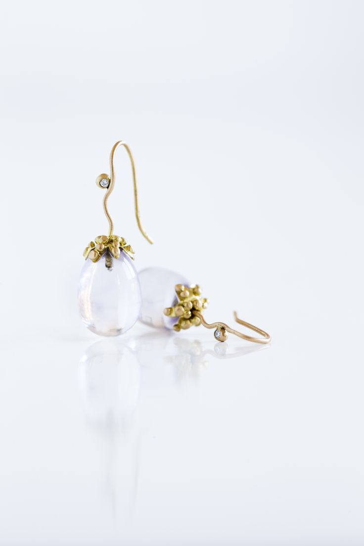 Perfect wedding earrings for the bride #wedding