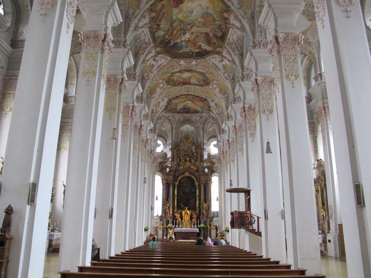 Heilig-Geist-Kirche_(München),_interior_