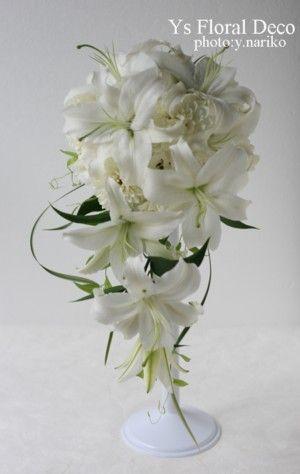 ユリのキャスケードブーケ  ミスカンサスの流れ  @綱町三井倶楽部  ys floral deco