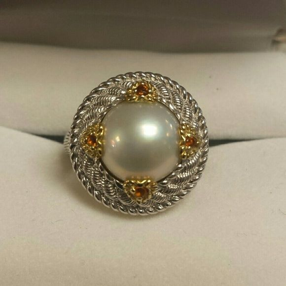 Judith Ripka 925 Sterling Ring. PEARL. CITRINE Sz 6.5.  Judith  Ripka ring. Circle design with pearl and little citrine stones. Scroll design. Excellent Judith ripka Jewelry Rings