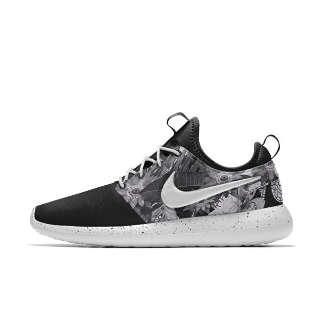 Nike Roshe Two iD Women's Shoe, available in a range of colours and is customisable
