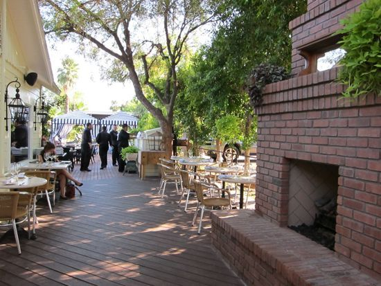 12 Favorite Places to Eat Outdoors in Greater Phoenix - Chow Bella