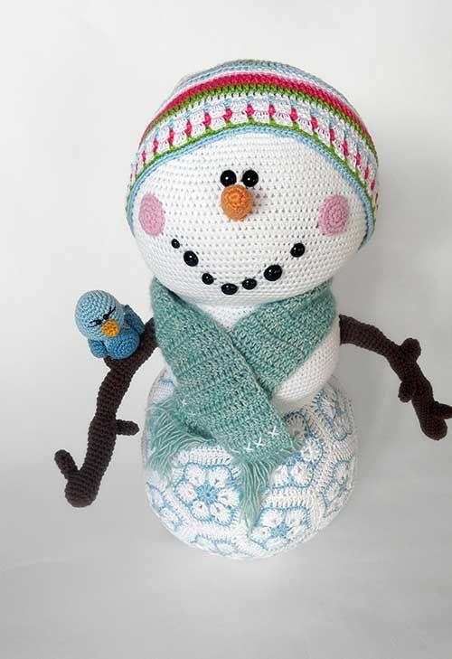 Amigurumi Snowman Ornament : Frosty the snowmen, Snowman and Amigurumi on Pinterest