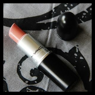 MichelaIsMyName: MAC Creme Cup [Swatches]
