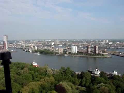 Krajobraz Rotterdamu z tarasu Euromasztu