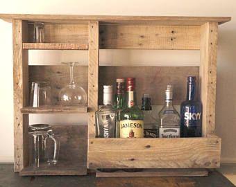 Madera vino o licor estante estante plataforma de madera