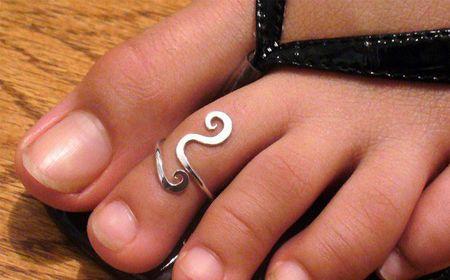 M Cómo hacer anillos para el pie