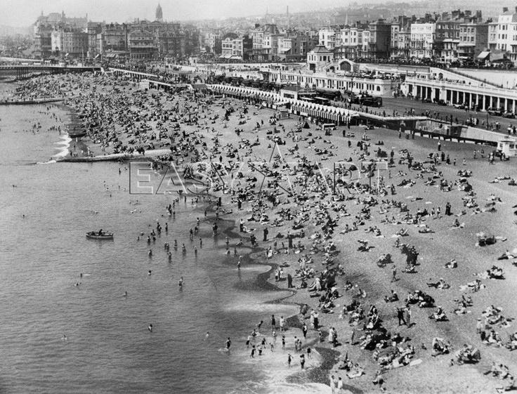 Brighton beach, 1934