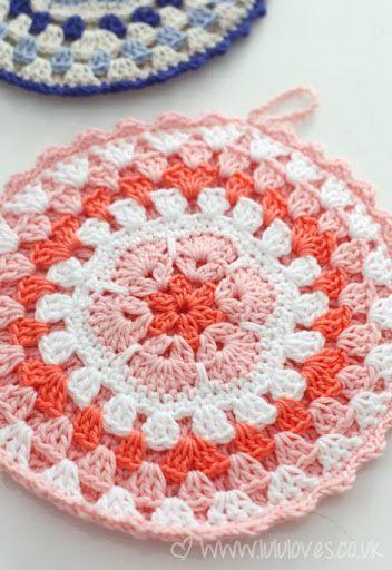 Crochet Flower Potholder Pattern : 192 best images about Crochet~Potholders on Pinterest ...