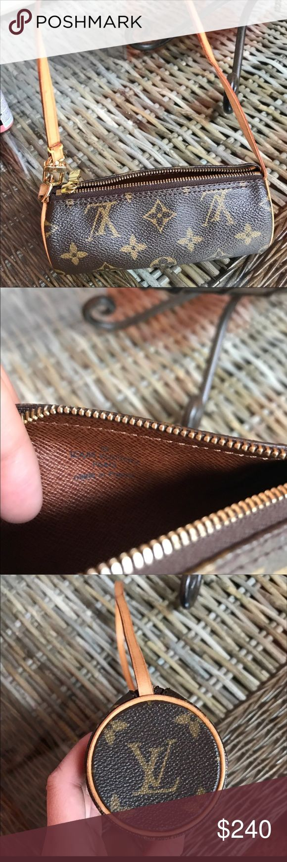 Authentic Louis Vuitton monogram mini wristlet! Super cute monogram wristlet from Louis Vuitton :) 100% authentic! Louis Vuitton Bags Mini Bags