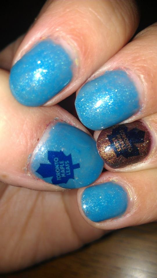 Toronto Maple Leafs Nails #tmltalk #leafsnation #yougotleaftweeted