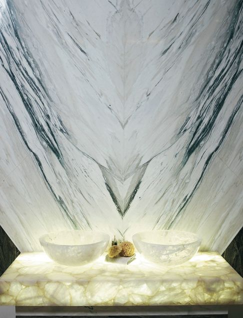 white marble wow factor   3 resized 600