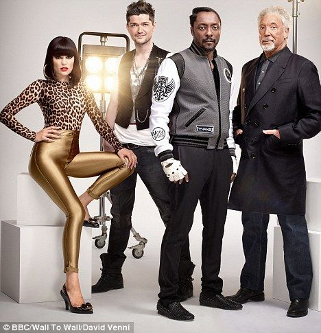 Jessie J with the judges of the Voice
