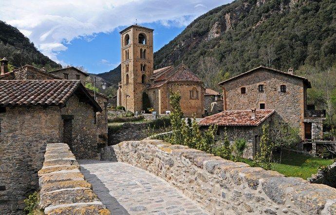 El pueblo medieval de Beget | Cultura, Monumentos en Girona