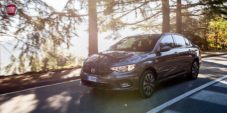 Nowy Fiat Tipo udowadnia, że wysoka jakość nie musi oznaczać wysokiej ceny. Pojemny bagażnik 520 l, radio Uconnect® z USB, klimatyzacja, system wspomagający ruszanie pod górę, elektrycznie sterowane szyby przednie, przestronne i komfortowe wnętrze. Wszystko to i wiele więcej już od 42 600 zł. Przekonaj się sam jak niewiele trzeba, by mieć tak wiele: fiat.pl/tipo #FiatTipo #Tipo