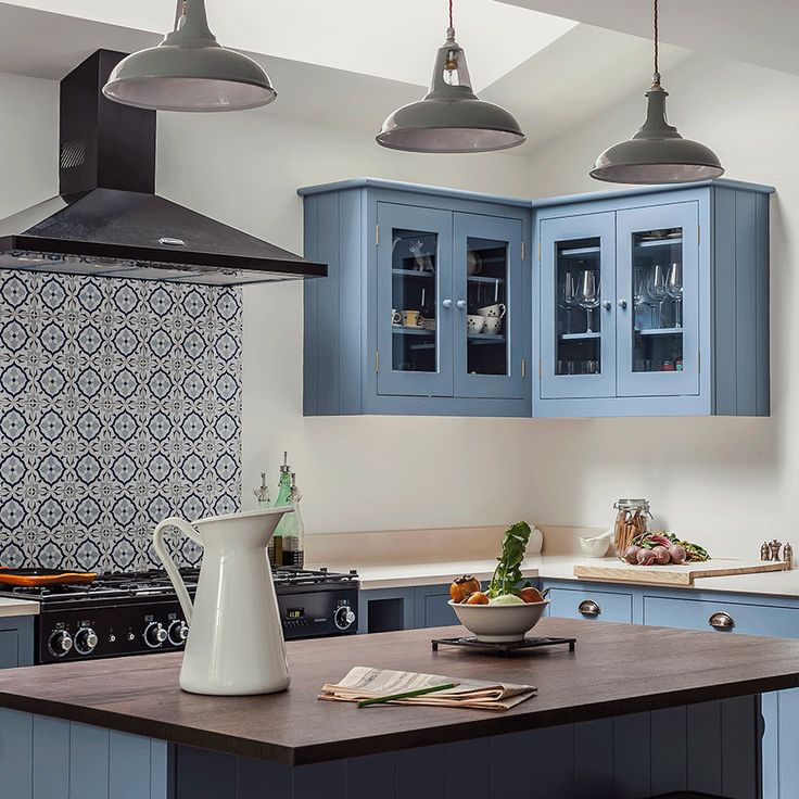This kitchen by British Standard puts a contemporary twist on classic Shaker style –
