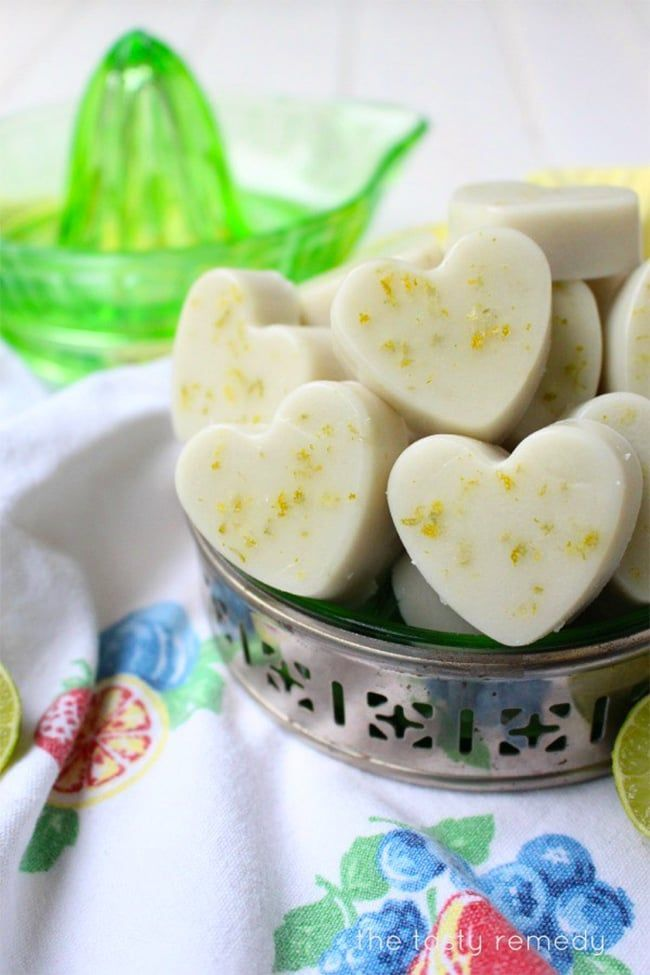 These fun citrus-inspired treats are refreshing and nutritious, especially with their gut-healing properties. Gut Healing Key Lime Bites - made with gelatin, coconut milk, lime, vanilla and maple syrup. Paleo, vegetarian, gluten free friendly recipe.