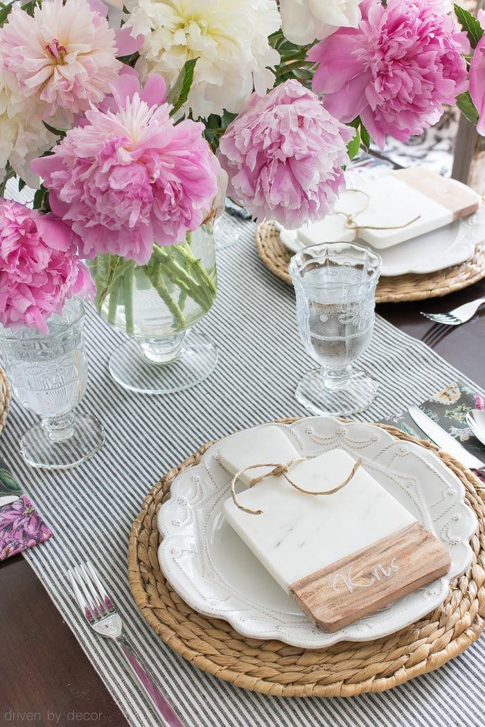 Set a stylish table this summer by pairing our Jardins du Monde ceramics,  with pretty pops of pink!