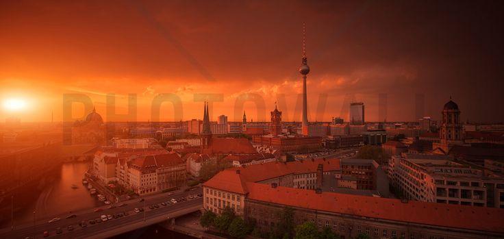 Berlin Skyline City Panorama with Sunset - Fototapeter & Tapeter - Photowall