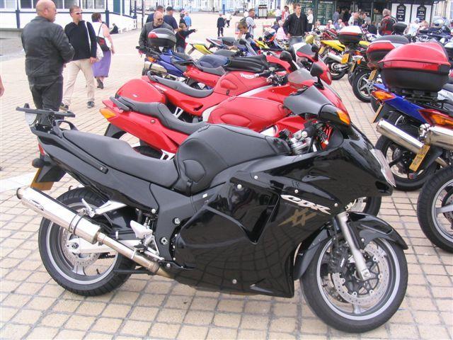 Bonzo's Black Honda Blackbird - RigsVille