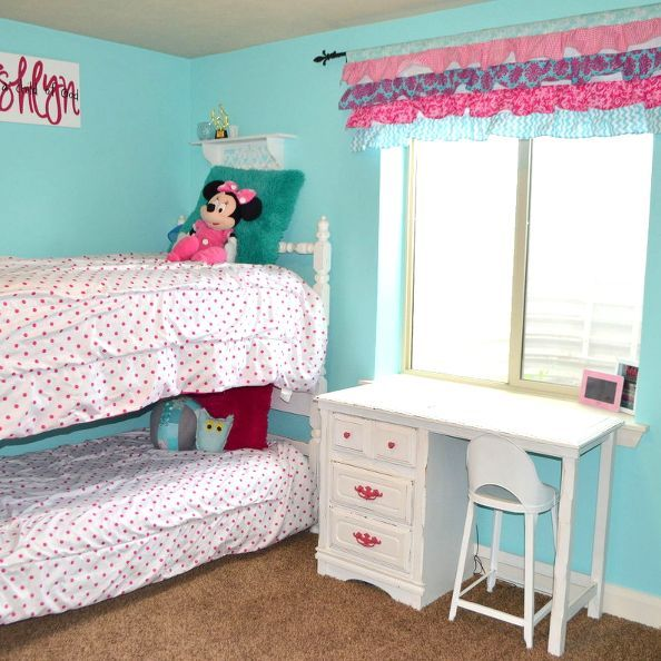 Hot Pink and Turquoise Girls Bedroom Makeover. The 25  best Turquoise girls bedrooms ideas on Pinterest