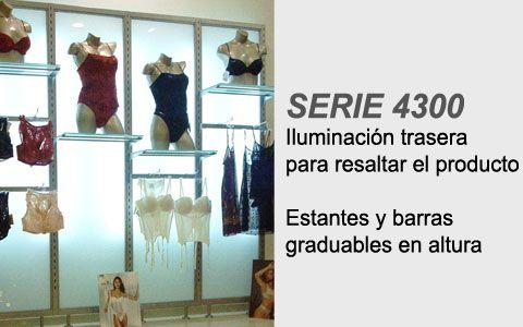 tienda de lenceria con mobiliario comercial de la serie 4300 con marcos y paneles de cristal iluminados