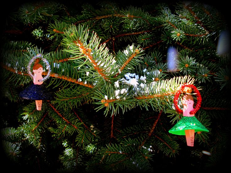 diy xmas ornaments, wooden pinches, ballerina