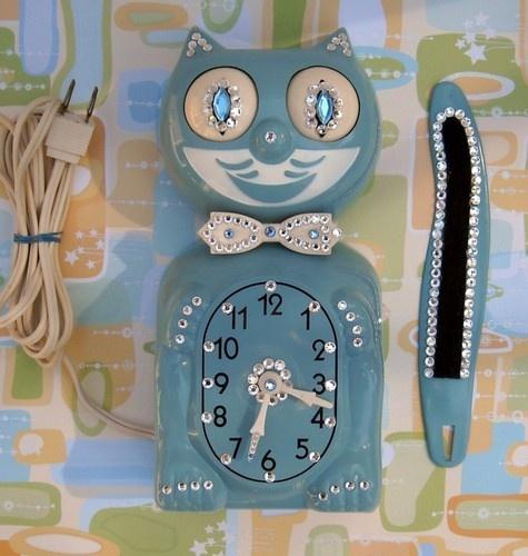17 Best Images About Kit Kat Clock On Pinterest Cats