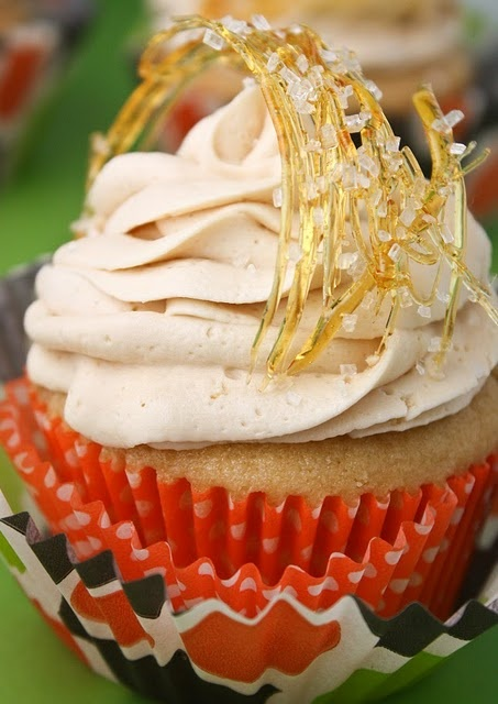 salted caramel cupcakes. Made this yesterday for Macey's Bday. O. M. F. G. They were delicious!