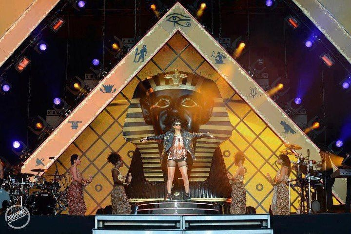 Rihanna Illuminati | Rihanna İlluminati?