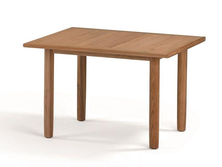 """TIBBO by Dedon Tavolo da pranzo rettangolare misura 119x103x74 realizzata artigianalmente con teak di ottima qualità La collezione si compone di una poltrona, un tavolo da pranzo in quattro dimensioni, una panca in due dimensioni, una """"lounge chair"""", un tavolino da salotto e un side table. La collezione è pensata sia per ambienti esterni, dove col tempo assume naturalmente una patina grigio-argento, che per ambienti interni, dove il legno mantiene la sua tonalità dorata."""