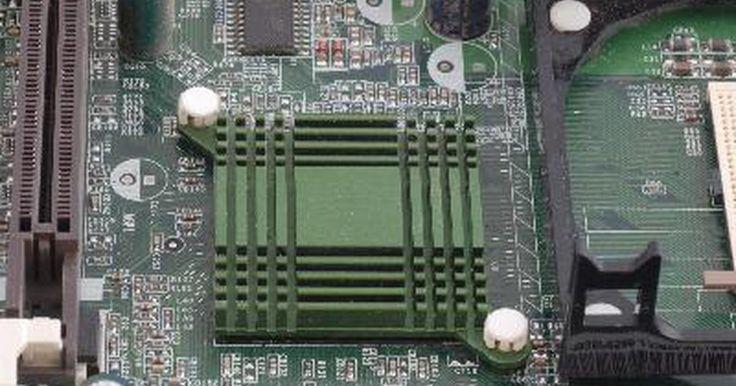 """Como desabilitar a ACPI na BIOS. A ACPI (Advanced Configuration and Power Interface) é uma opção de gerenciamento de energia que fica na BIOS do computador. Alterá-la do seu padrão """"on"""" pode ser necessário, dependendo da configuração do seu computador; permitindo que o seu PC use um sistema de interface de energia que não siga este padrão. Note que nem todos os fabricantes de ..."""
