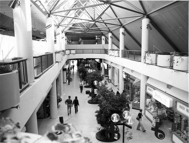 Belconnen Mall - April 1978 (20 Benjamin Way, Belconnen) by ArchivesACT, via Flickr