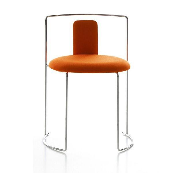 Whilst always influential amongst many minimalists, it was only in the 70s that #Japanese design made it's presence felt on the world stage, largely thanks to the work of #ShiroKuramata.  Japanese designer and architect #KazuhideTakahama was another son of Japan who made international waves during that period.  Takahama first came to Italy when he was designing the Japanese pavilion for the #MilanTriennale. While at the triennale, he met Dino Gavina, the owner of Gavina SpA and was invited…