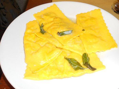 Тортелли из Мареммы, 2 вида начинки. соус сливочный шалфеево-чесночный:: Просмотр темы - Итальянская паста и соусы к ней