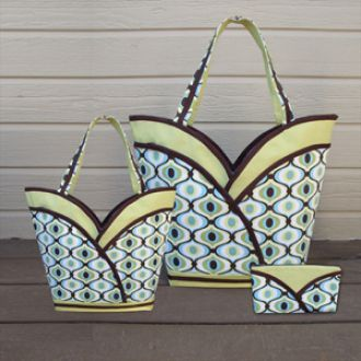 DIY Purse, tote and cosmetic bag in one! Downloadable sewing pattern PDF with instructions.