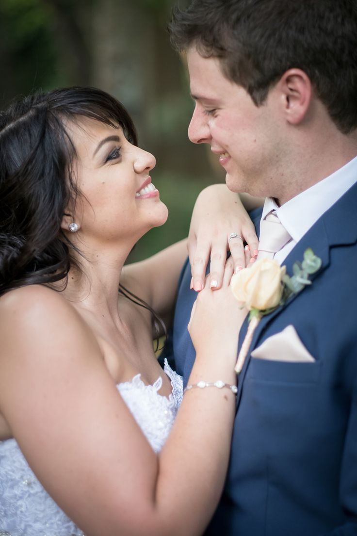 You make me so happy. Love this wedding photos of us.