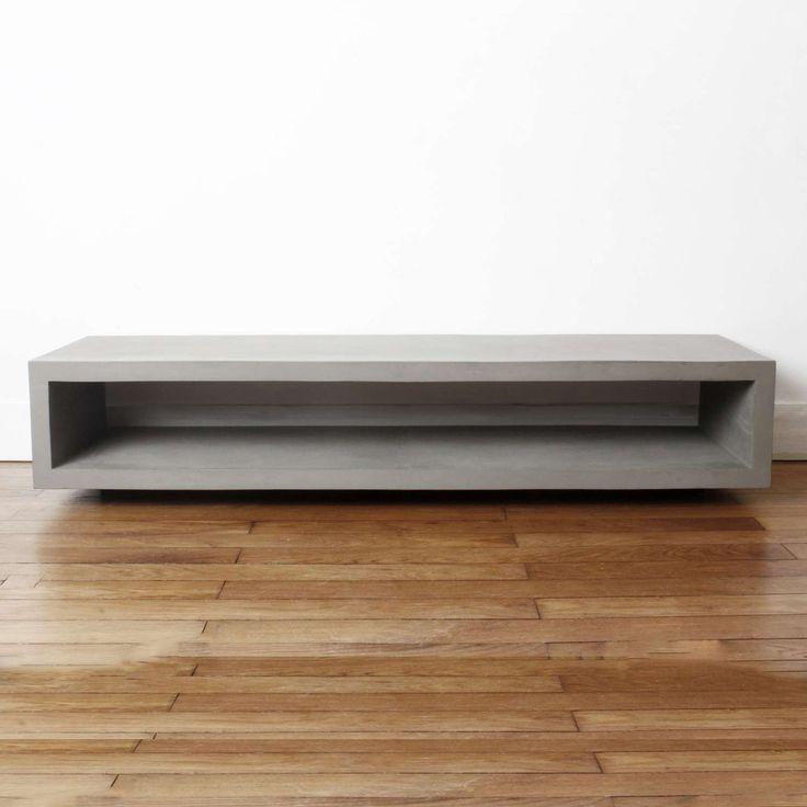 Monobloc TV Bench