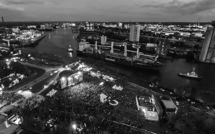 Dockville hamburg   MS Dockville Festival 2014 - Hamburg - Luftbild Crew