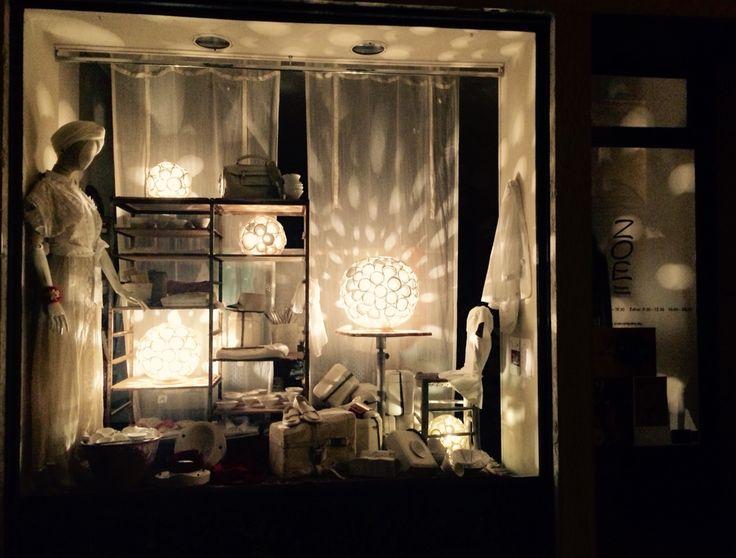 Project window @Zoecompany shop | Bassano del Grappa ~ chiarasonda.it #buongiornoceramica #mysecretdinner #astrolamp | ceramic assembled waste ~ lamps #ceramica #arte #handmade #lamps #chiarasonda #zoeboutique
