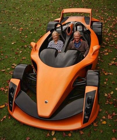 Hulme CanAm Spyder (2009). Looks like a Hot Wheels car.