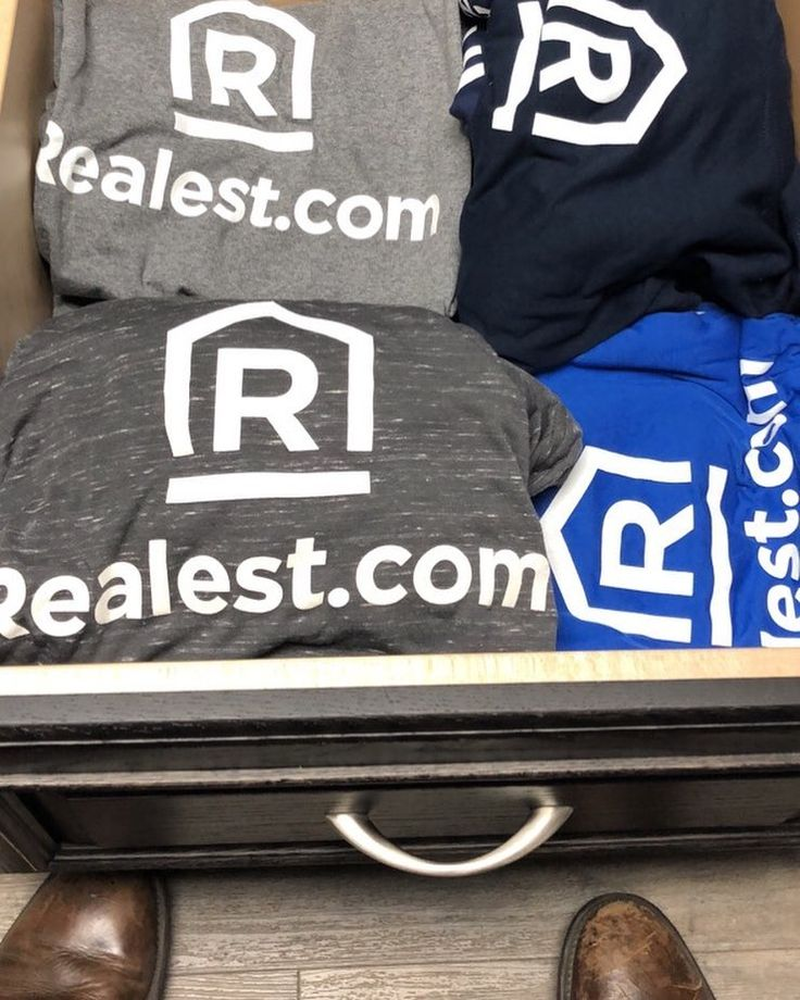 Shirts came in this week   Inventory stocked up  Should get some long sleeves next .. #Realest #GolfShirtsNext  I should do another give away :)