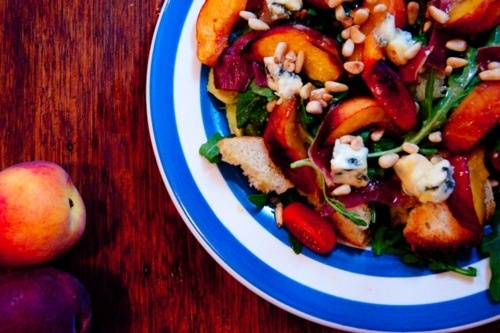 Baked Peach, Prosciutto and Blue Cheese Salad