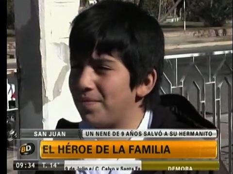 Un niño de 9 años se convierte en el héroe de la familia salvando a su hermanito del fuego (San Juan, Argentina, 05/6/2013) video en http://telefenoticias.com.ar/es/videos/sociedad/20130605/heroe-familia/98645.shtml http://telefenoticias.com.ar/resources/jpg/2/4/1370439419742.jpg